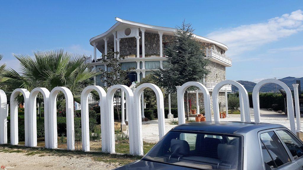 Joniec Albania (3)